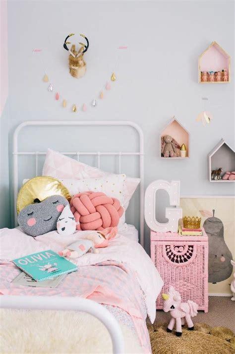 diy knot pillows craftbnb 17 best ideas about knot pillow on pinterest diy chair