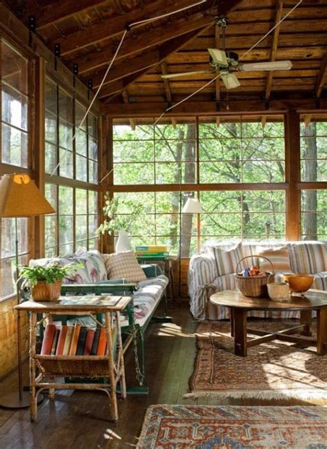 Sun Porch Window Ideas 26 Charming And Inspiring Vintage Sunroom D 233 Cor Ideas