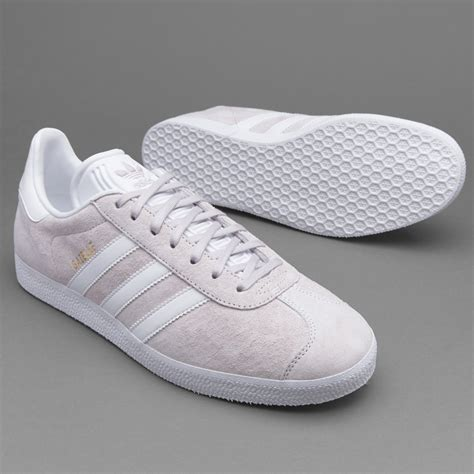 Harga Adidas Original Gazelle sepatu sneakers adidas originals gazelle purple