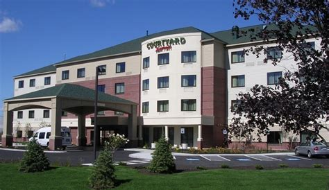 south portland me courtyard by marriott across from