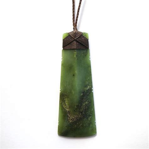 big bay kawakawa pounamu greenstone hei toki pendant