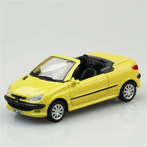 peugeot araba cararama peugeot 206 cc metal araba 7 9 tl