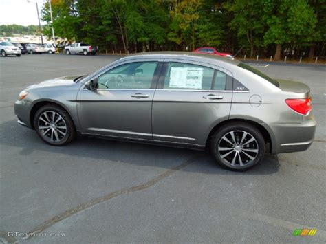 chrysler 200 s 2013 tungsten metallic 2013 chrysler 200 s sedan exterior photo