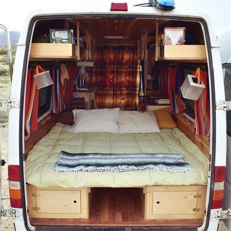 van living 25 best ideas about van life on pinterest cer van
