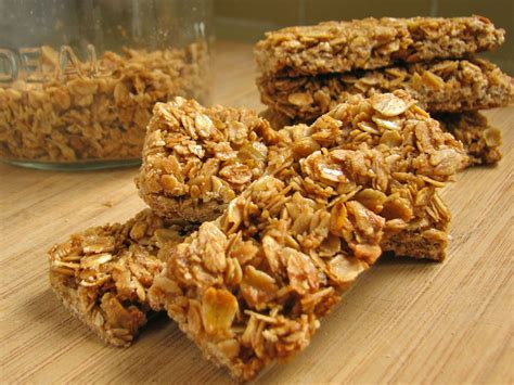 delectably mine crunchy granola bars