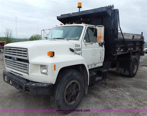 1989 Ford F800 Dump Truck No Reserve Auction On Thursday