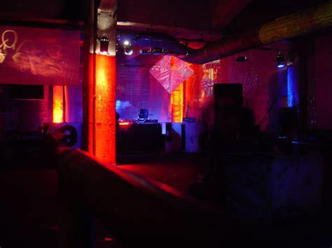 club with techno club