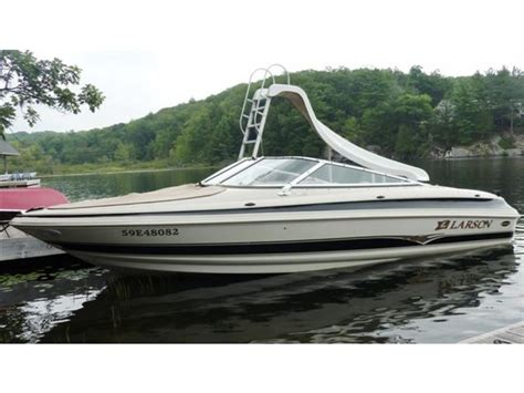 larson travis edition boats 2004 larson 190 lxi powerboat for sale in