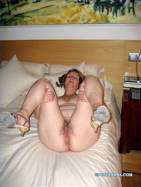 hot Nude amateur spanish Milf amateur Photo