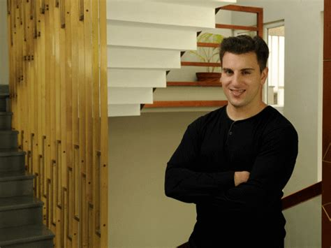 airbnb founder airbnb founder brian chesky once stayed at a treehouse in