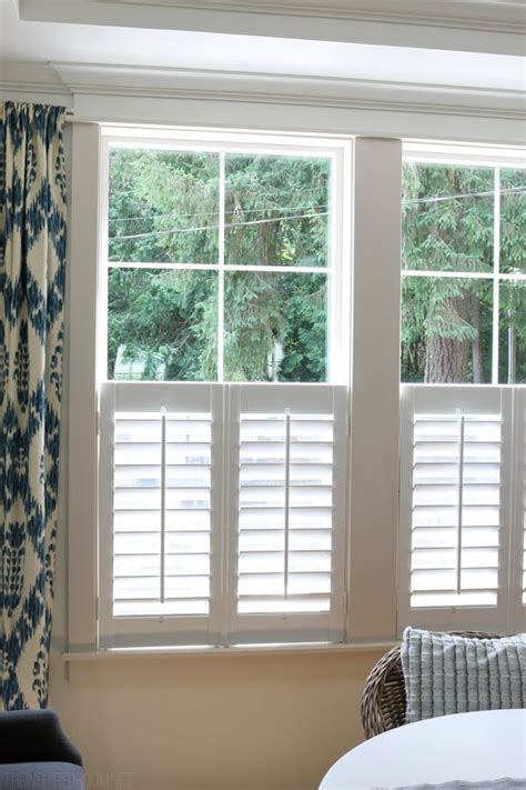 Interior Shutter Blinds by Best 25 Interior Shutters Ideas On Indoor