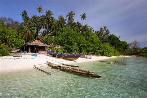 videos nias discovering beaches on nias island indonesia beachmeter
