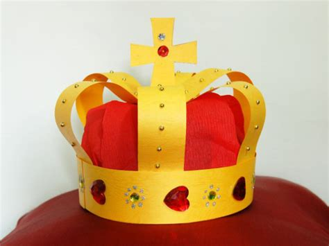 Papercraft Crown - amazing and easy paper craft ideas for