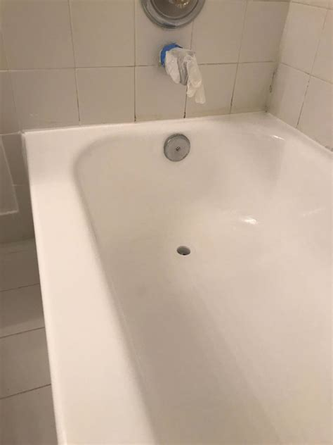 bathtub refinishing florida bathtub reglazing south florida 800 995 5595
