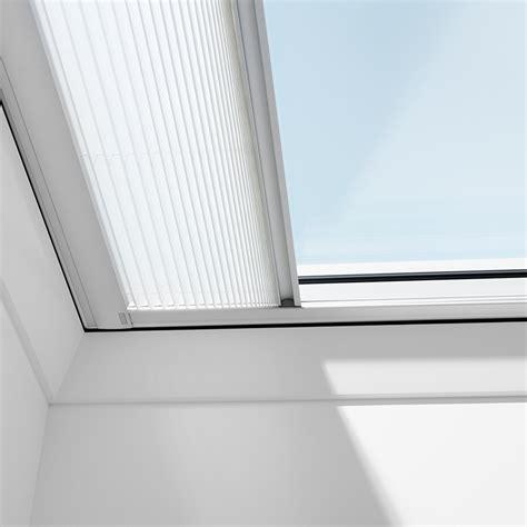 tende plissettate marchisette per tetti piani velux protezione dal calore