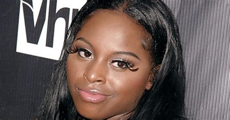 Arrest Warrant Issued On Foxy Brown by Foxy Brown Arrested After Bad Mouthing Exposing Herself
