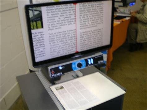 le de bureau loupe loupe de lecture avec 233 cran et synth 232 se vocale vocatex
