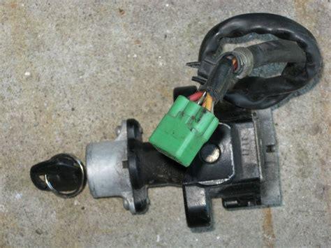 Suzuki Gsxr 600 Aftermarket Parts Sell Suzuki Gsxr 600 Oem Ignition Key Switch 01 03