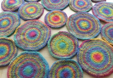 teppich filzen anleitung spielteppich mit kugeln h 228 keln filzen