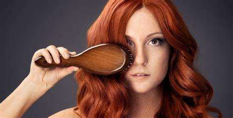 el pelo de la la importancia de cepillarse el pelo