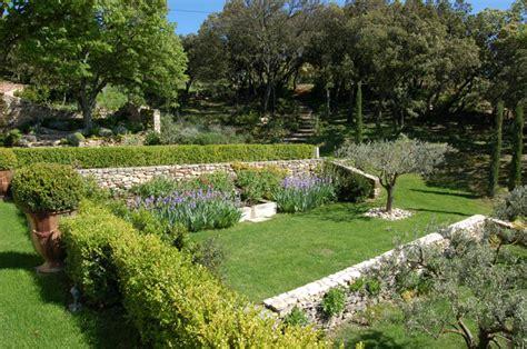 Aménagement Paysager Piscine Creusée by Les Jardins De La Dr 244 Me Proven 231 Ale Paysagistes Cr 233 Ateurs