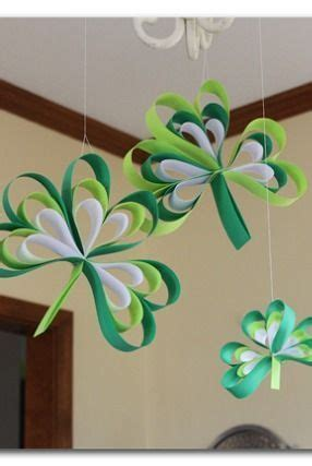 How To Make A Out Of Paper Strips - paper shamrocks s day