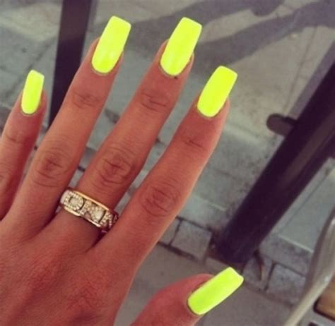 the best nail color for latinas 1000 ideas about yellow nail polish on pinterest yellow