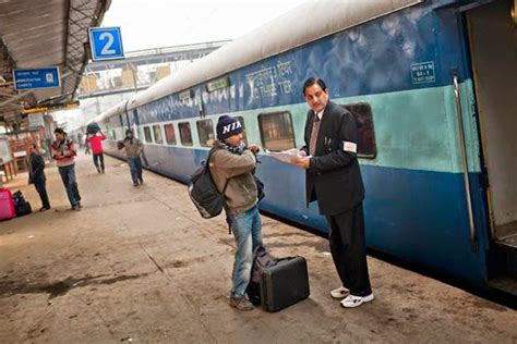 Resume Preparation Online by Railway Ticket Collector Careers How To Become A Ticket