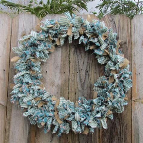 make a rag strip christmas tree homespun rag wreath 171 rags n rhinestones