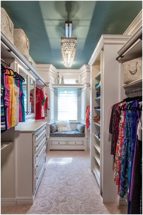 pictures of walk in closets 10 cool seating ideas for your walk in closet