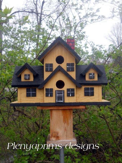 details  birdhouse mansion  nest folk art bird