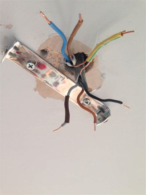 wire ceiling light electrical how to wire a ceiling that has 7 wires
