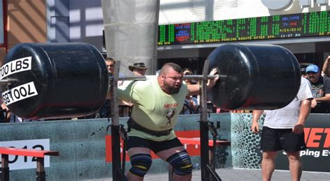 strongest man bench press world s strongest man eddie hall joining the wwe