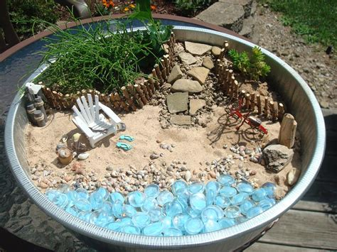 The Themed Miniature Gardens From The Great Annual Garden Theme Ideas