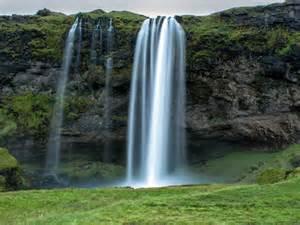Seljalandsfoss waterfall iceland desktop wallpapers 1024x768