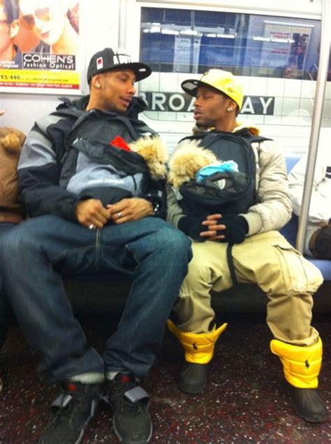 dogs on nyc subway why i don t take the subway reason 65 gangsta doggies jessewalker net