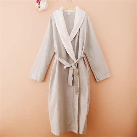 robe de chambre femme coton robe de chambre nid d abeille coton et 233 femme grise