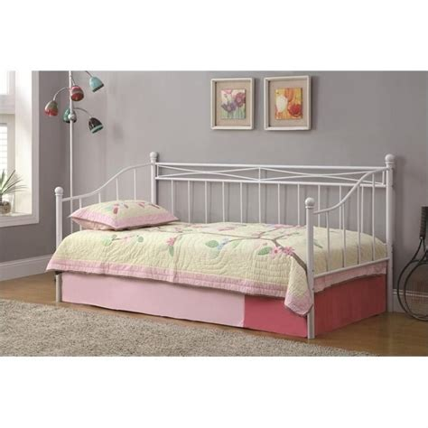 White Daybed With Pop Up Trundle Bowery Hill Casual Metal Frame Daybed With Pop Up Trundle In White Bh 423285 257938