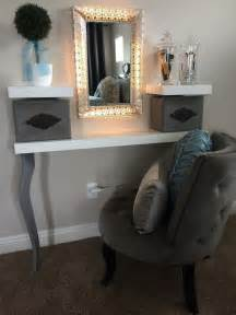How To Make Makeup Vanity Table 25 Best Ideas About Small Vanity Table On