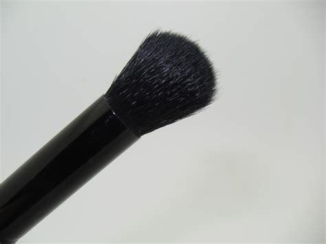 Brush Flawless Concealer Brush Original e l f studio flawless concealer brush review musings of a muse