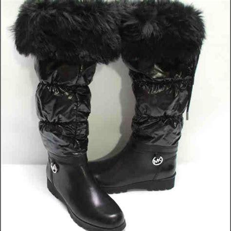 michael kors snow boots 77 michael kors boots michael kors black