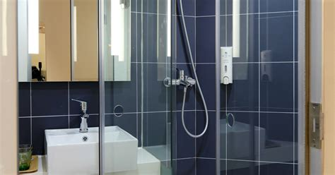 Frameless Shower Doors Orlando 5 Reasons To Try Frameless Shower Doors In Orlando