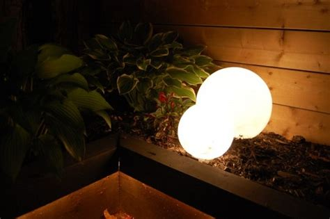 Globe Patio Lights Roundup 10 Diy Outdoor Lighting Projects 187 Curbly Diy Design Community