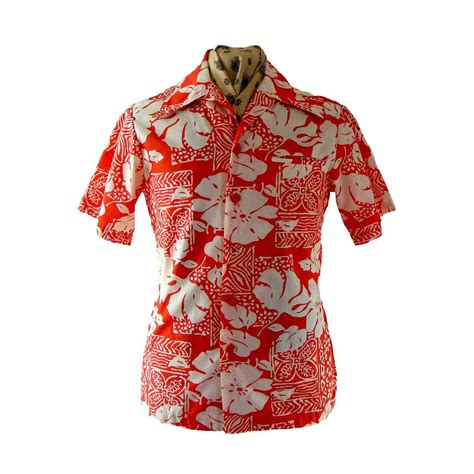 70s hawaiian shirt blue 17 vintage fashion
