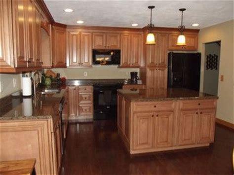 natural maple cabinets with granite granite countertops with natural maple cabinets google