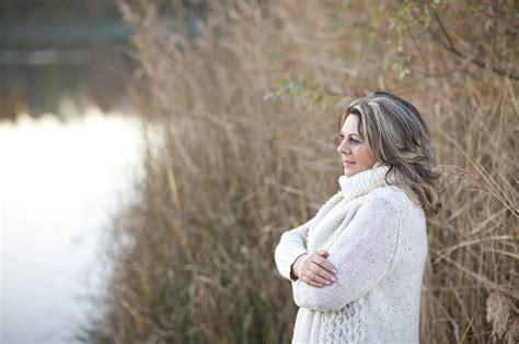 alimentazione in menopausa consigli dieta in menopausa cosa mangiare e quali cibi evitare