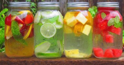 Detox Sore Muscles With Water Mix by La Ricetta Della Detox Water L Acqua Che Sgonfia La