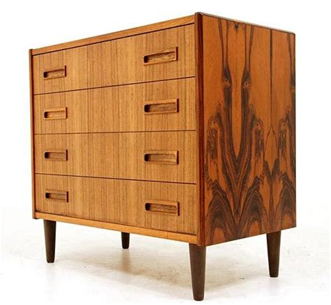 Furniture Stripping by Best 25 Stripping Furniture Ideas On Sanding Furniture Stripping Paint And