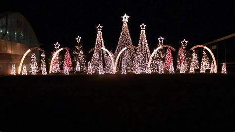 amazing grace techno synchronized christmas light show