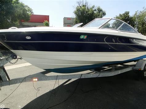 classic runabout boat for sale 2006 used bayliner 215 classic runabout bowrider boat for